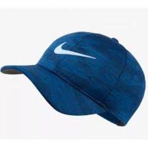 Nike Golf Men's Classic 99 Camo Print Hat